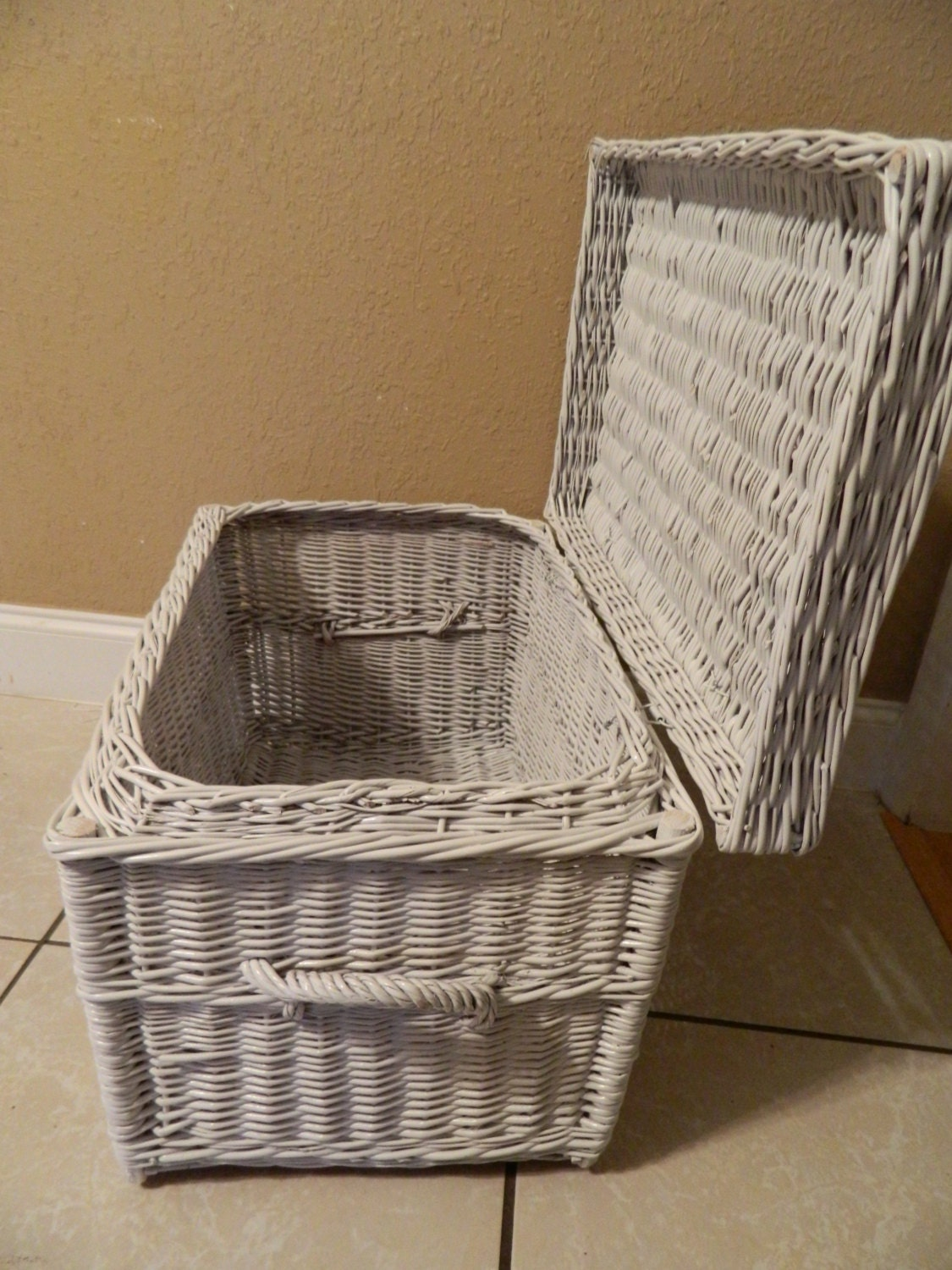 Vintage Wicker Trunk Basket White Antique Wicker