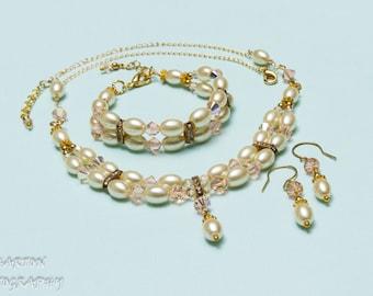 Bridal Necklace, Swarovski light gold AB crystals, light gold pearl