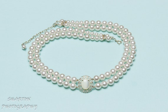 Bridal Necklace, white, mother-of-pearl settled in Silver Plated Fancy Filigree