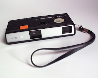 Vintage 1973 Argus Pocket Carefree 110 Camera with Manual and Case