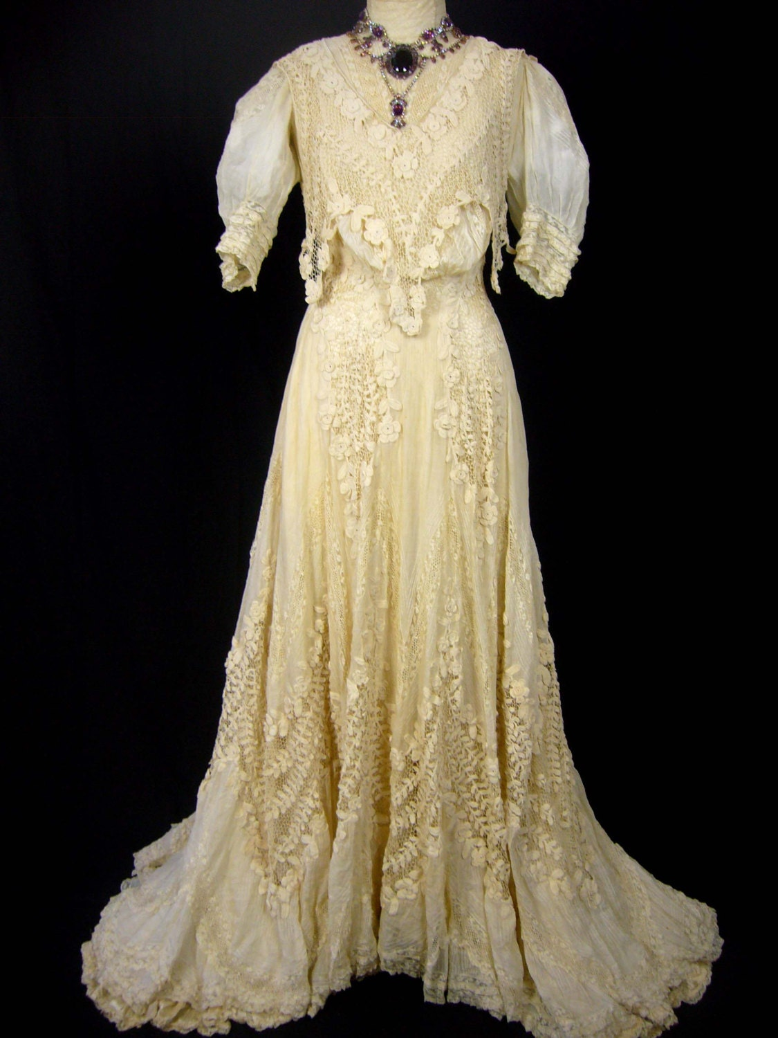 1800s wedding dress 1800s ornate wedding gown