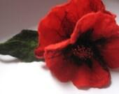 Brooch red poppy (felt wool) / wool / brooch pin / Hand Felted Brooch / dress / wearable art