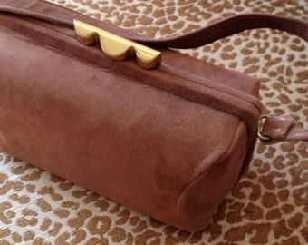 Small Soft Brown Brass Metal Clasp Elite Mid Century Handbag