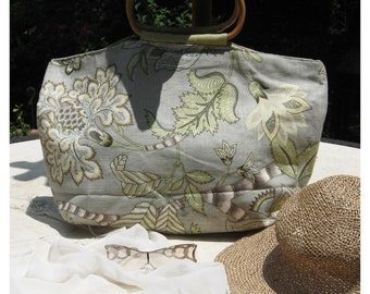 Elegant Tropical linen handmade purse with bamboo handles