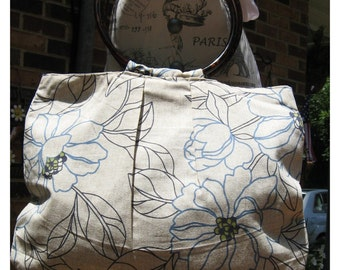 Chic floral linen stylish purse w / acrylic  handles