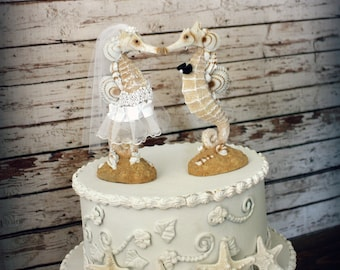 Seahorse Wedding Cake Topper-Beach wedding-Kissing Seahorse Couple-Beach Themed Wedding Cake Topper-Destination Wedding