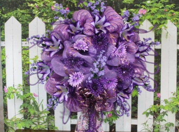 Deco Mesh Wreath Purple With Daisies Lilies Ribbon