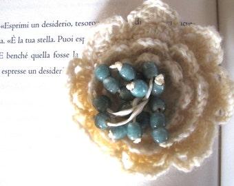 Snow white wool brooch
