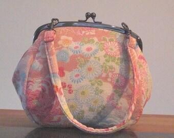 Kimono Chirimen Clutch - Pink