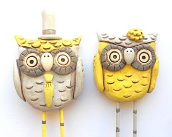 Gray and Yellow Owls wedding cake topper