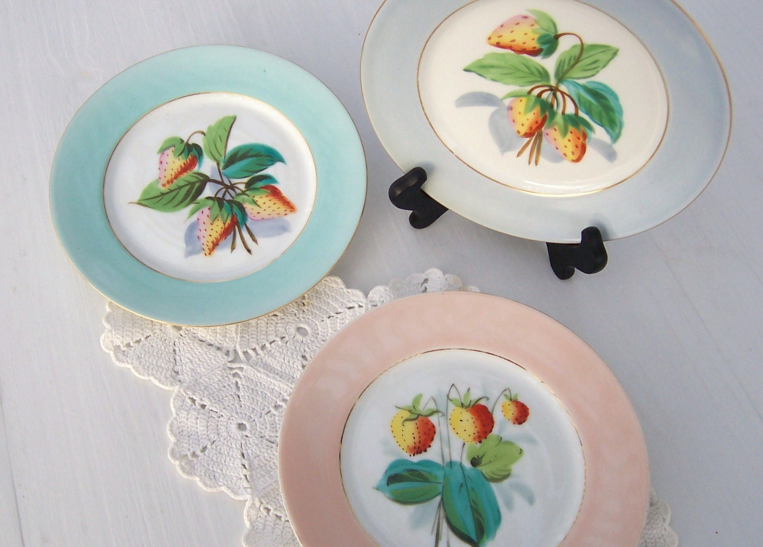 Country French Painted Fruit Plates Strawberries Cottage Decor