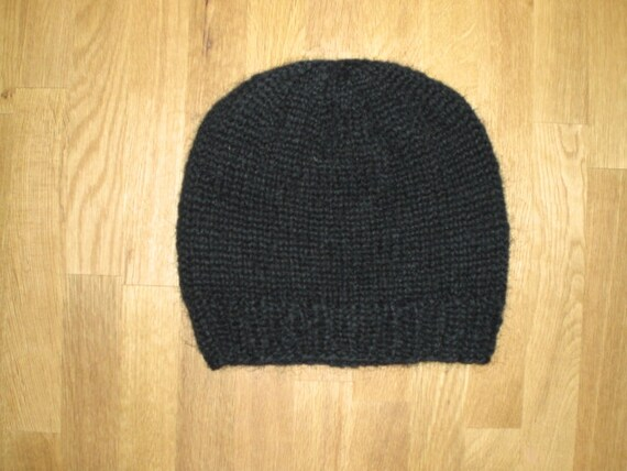 Icelandic black hand knitted hat/cap made of wool ready to