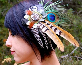 SPIRAL GODDESS Feather Hair Clip