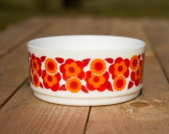 Arcopal France Lotus bowl with retro orange flower print