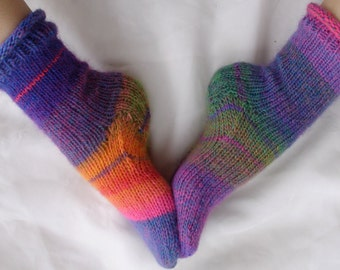 Knit Sock Pattern Instant Download - Womens Socks Pattern - Jaydee's Favorite Socks