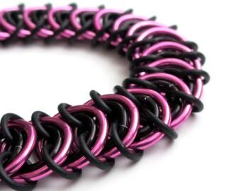 Hot pink & black chain mail stretchy bracelet, Vertebrae weave