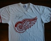 Vintage Detroit Redwings T-shirt Signed 17 Gerard Gallant