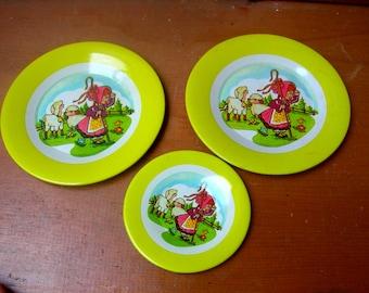 Vintage child's plates metal plates toy plates fairytale