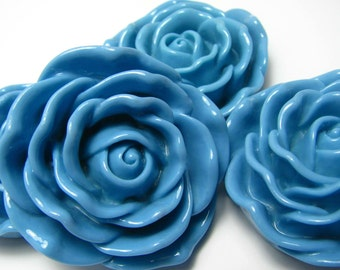 Chunky Beads, 4 flower beads, HUGE 48mm, BLUE resin rose bubblegum beads, candy