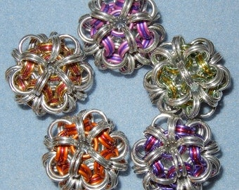 """Make-It-Yourself 1.5"""" diameter  Chainmaille Ball Kit"""