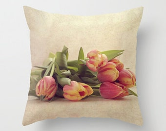 Decorative Throw Pillow Cover Red Yellow Tulips Peach Cream Floral Flower Shabby Chic Cottage Spring Photo Case Home Bedroom Couch Bed Decor
