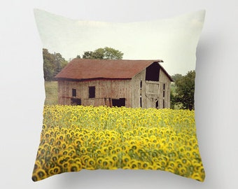 Throw Pillow Cover Sunflower Barn Brown Yellow Farmhouse Rustic Country Farm Livingroom Couch Photo Case Home Bedroom Decor