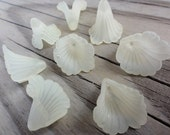 Lucite Flower Beads - Ruffled Calla Lily -Yellow Matte Frosted - 18x17mm
