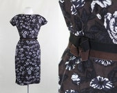 Vintage 1950s Union Made / Brown, blue, black and white floral secretary wiggle dress with bow belt / Extra Small XXS XS