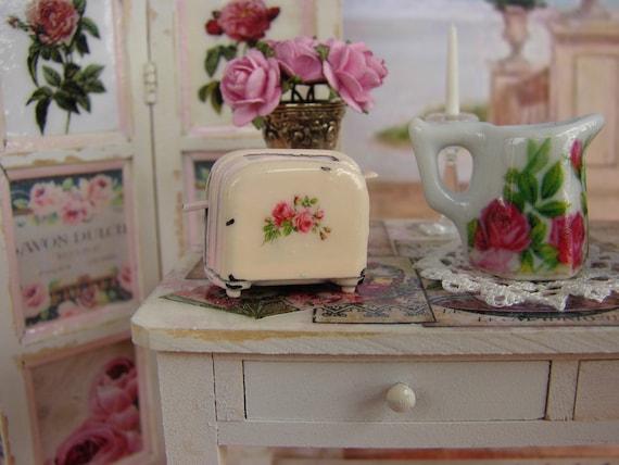 Dollhouse Miniature Shabby Chic Farmhouse Vintage Pink Toaster