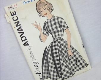 Vintage Uncut 50s Dress Sewing Pattern, Advance, 2782