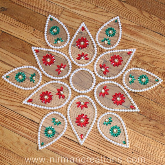 Items Similar To Indian Wedding Lotus Beaded Table Decor