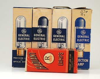 Lot of Vintage General Electric Light Bulbs, Precision Lamp For Optical Devices, Projection Light Bulbs, Vintage 750 T12P - 120V, 8mm