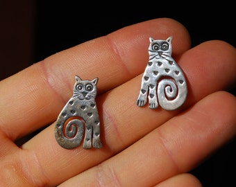 VINTAGE EARRINGS - Sterling Silver Earrings