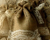 Burlap gift bags and favors for wedding and parties, eco friendly product