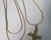 Vintage Necklace engraved designed Gold cross necklace no markings 24 inch fine gold chain