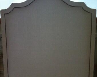 Linen Curved Edge Cavendish Headboard with Nailhead Border (Full, Tall)