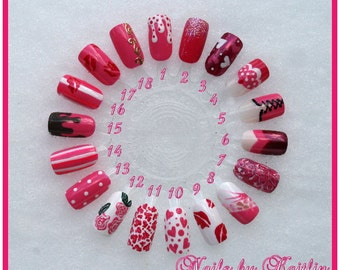 Valentine's Day Artificial Nail Art