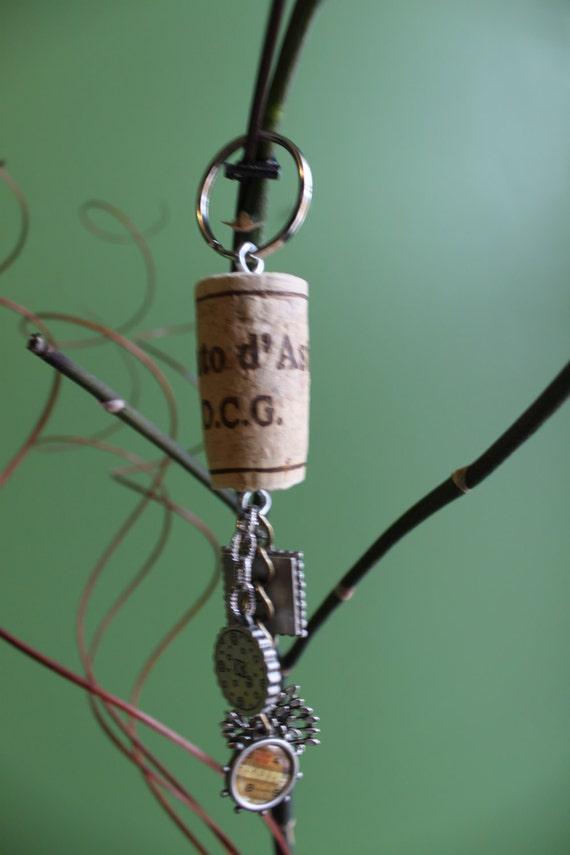wine cork key chain. Black Bedroom Furniture Sets. Home Design Ideas
