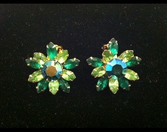 Pretty 50s 60s Beau Jewels Green Rhinestone Aurora Borealis Earrings