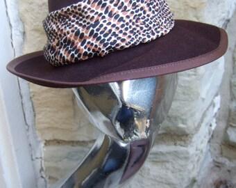 NEIMAN MARCUS 1970s Sleek Brown Fedora Wool Hat New York