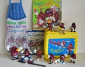Vintage California Raisins Lot! Lunchbox, Watch, Figures, Wind Up, Kitchen Towel, Hot Pad, Book. Instant Collection 80s 1980 Collectible