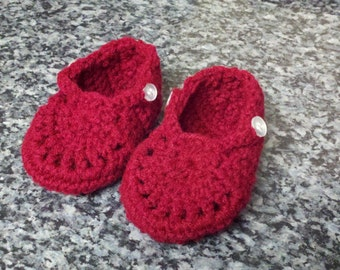 Baby slippers in Red