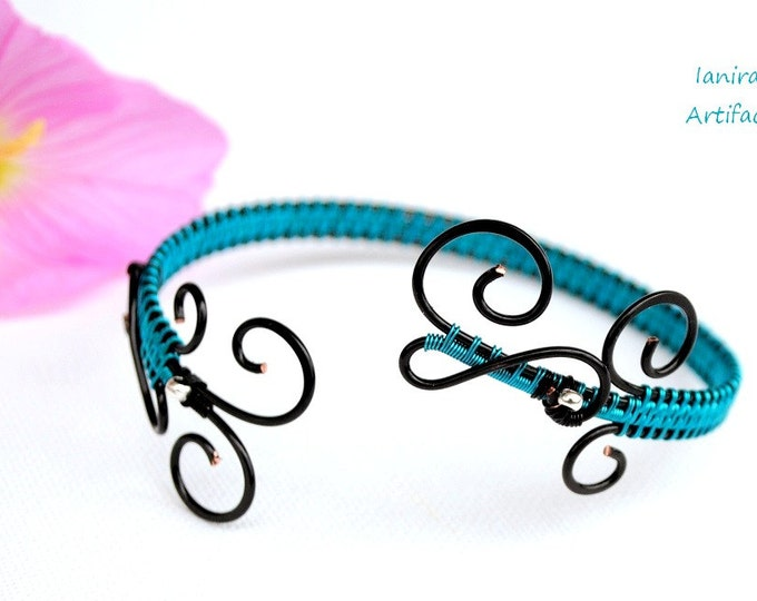 Turquoise arm cuff ~ Wire wrapped ~ Black copper wire