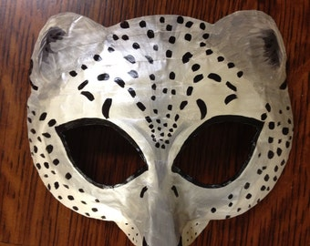 Leopard mask or snow leopard mask