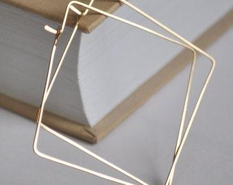 Square Hoop Earrings / Geometric Gold Filled Hoops / Hammered earrings / Modern, Elegant, Classic / Geometric Jewelry / Her Gold Earrings