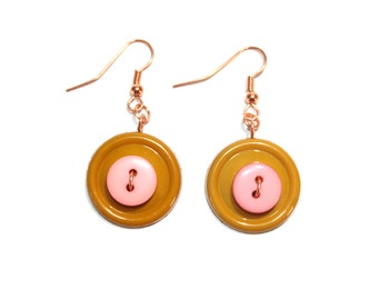 Dangle Button Earrings in tan and peach with copper wire and findings, button jewelry