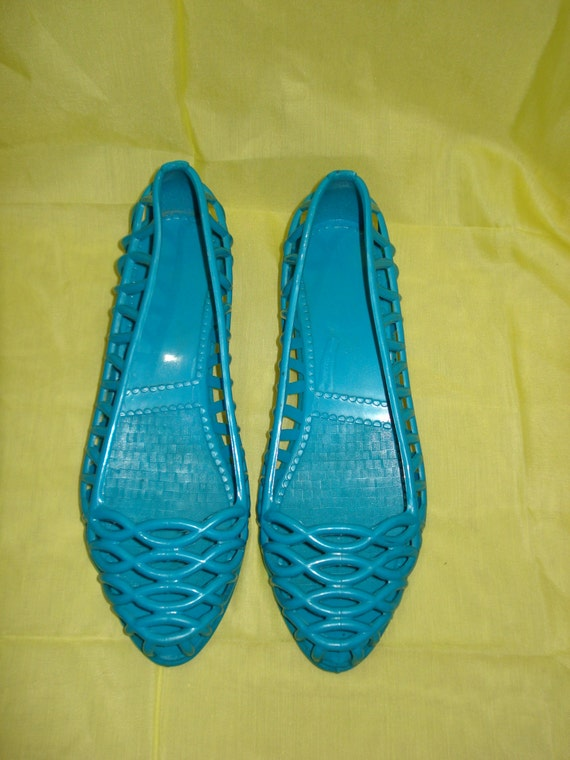 Vintage Blue Woven Jelly Shoes Size 5