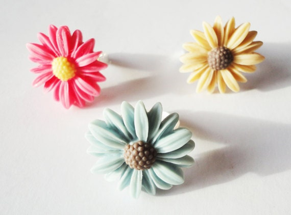 Daisy Ring, Summer Time Ring Choose Your Colour