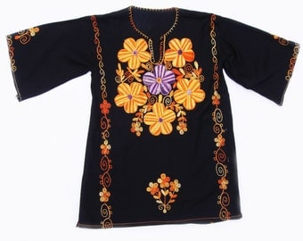 Vintage Ladies Embroidered Tunic