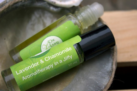 Lavender & Chamomile Aromatherapy Roller, Calming, Relaxing Oil, Sleep Aid Oil Essential Oil Roller All Natural, Unisex 10ml